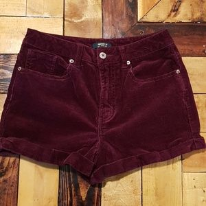 Wine colored highwaisted shorts size 28